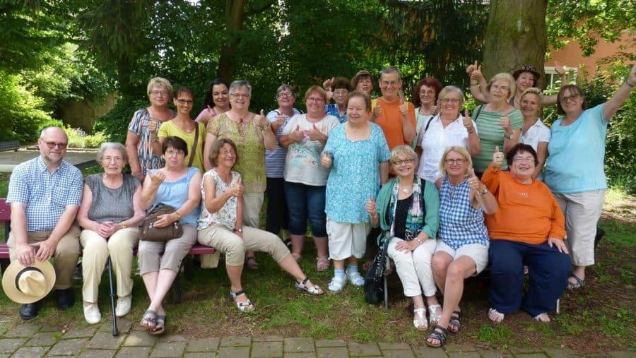 """""""So schön kann Kirche sein!"""" Frauenbegegnung Bayern stärkt jung und alt"""