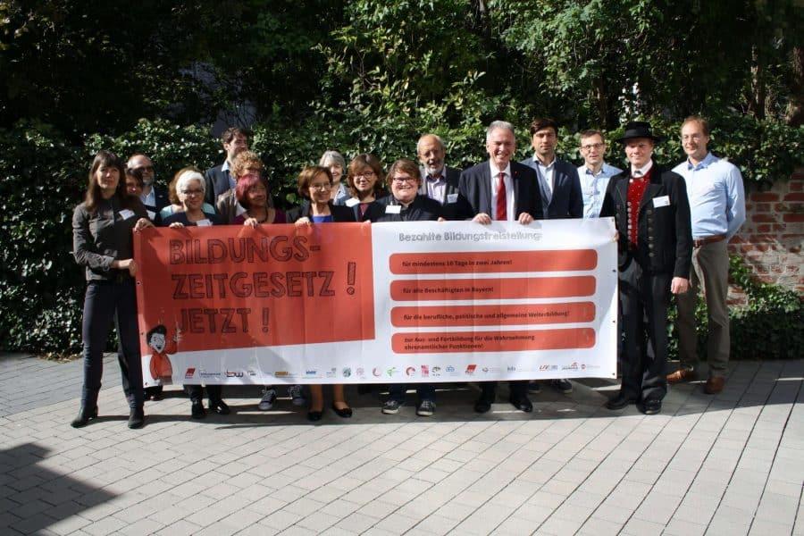 Breites Bündnis für Bildungszeit in Bayern
