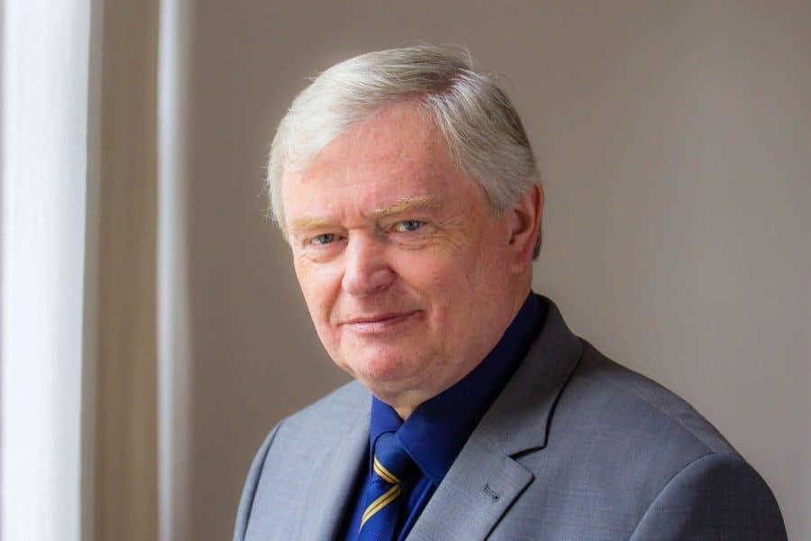 Trauer um Oberkirchenrat i.R. Helmut Völkel