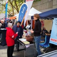 2019-05-01-1Mai-Stand-Muenchen-web-RSHelm